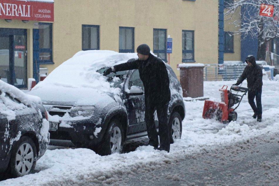 Snehová nádielka v Bratislave a okolí (30. 11. 2017)