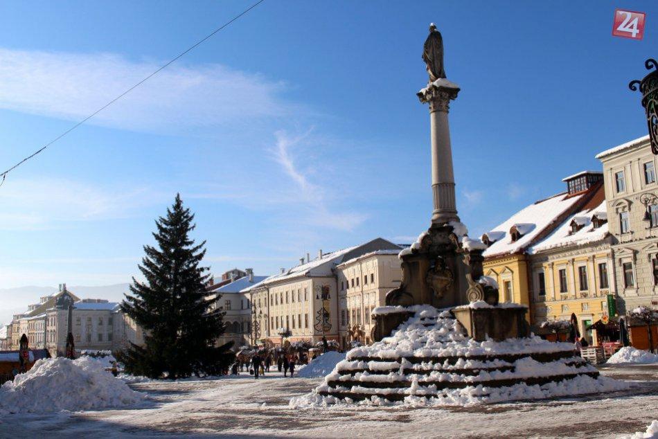 V OBRAZOCH: Bystrica, mesto ako z rozprávky. Pozrite si ju v bielom