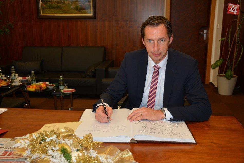 FOTO: Nový predseda PSK navštívil Prešovskú univerzitu