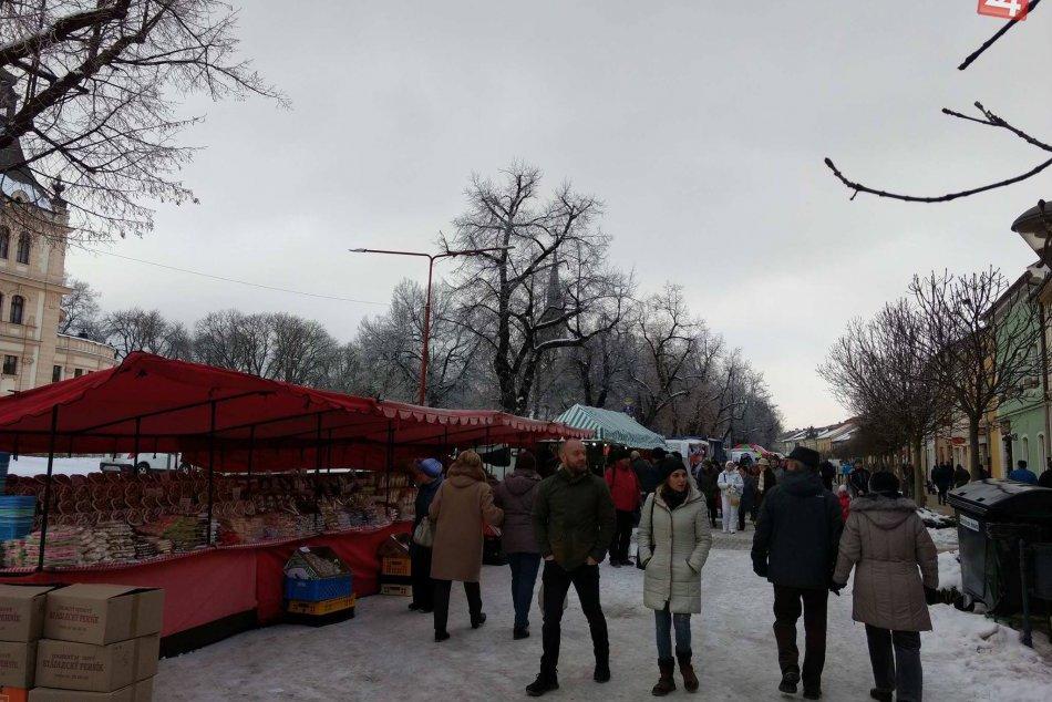 Veľká FOTOGALÉRIA: V Spišskej odštartoval 27. Vianočný trh