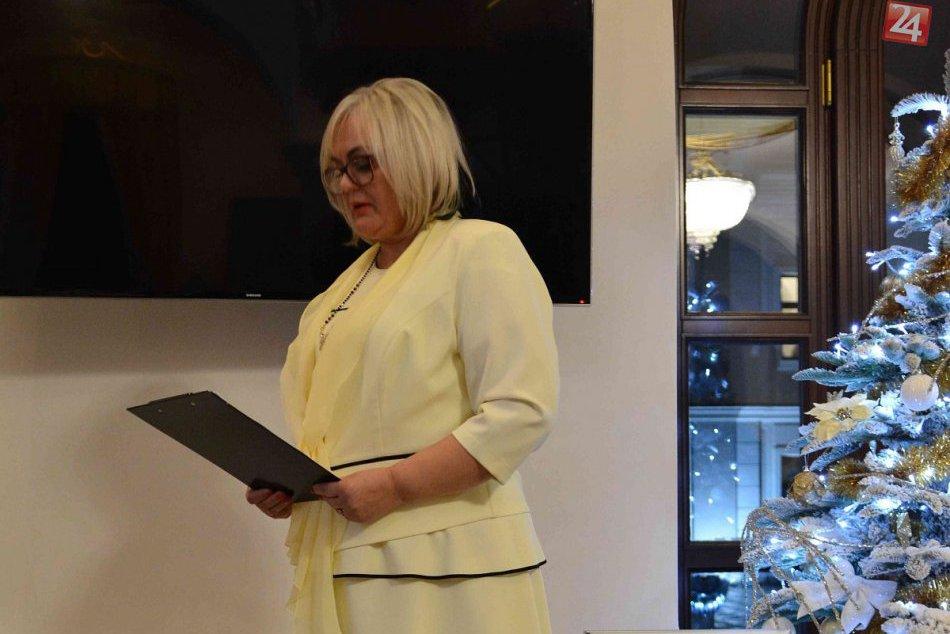 Krst knihy považskobystrickej historičky Anny Šujanskej: Zábery z neho