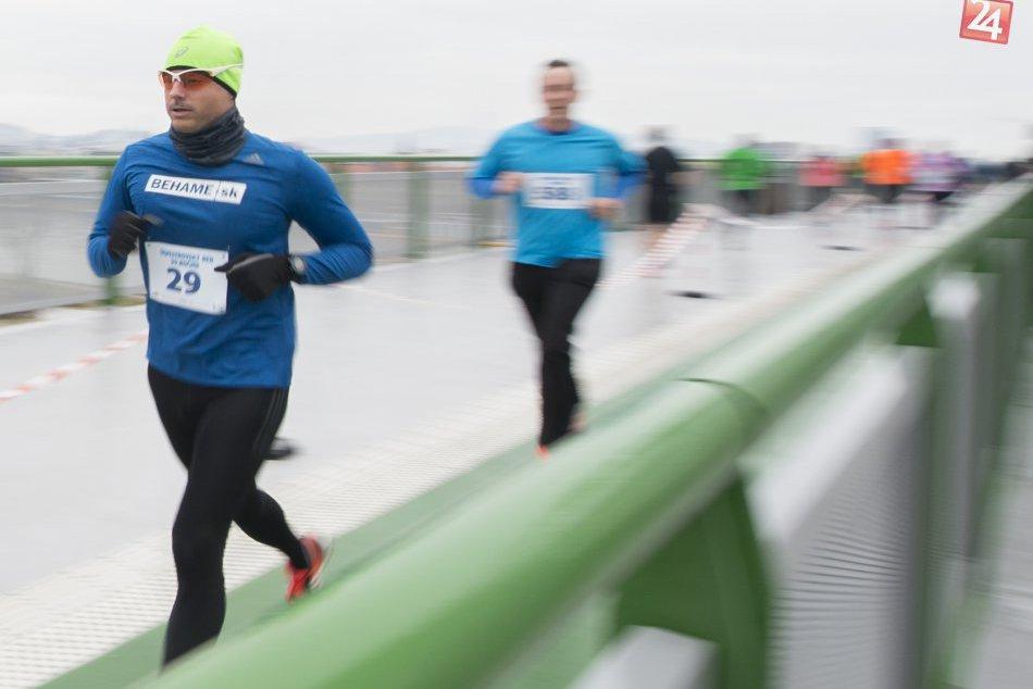 Silvestrovský beh cez bratislavské mosty 2017