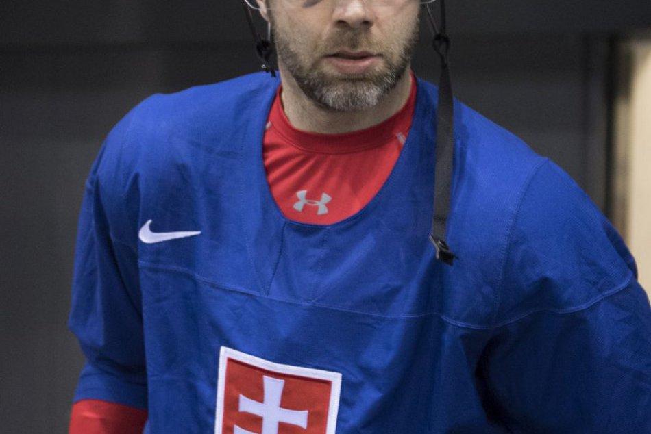 Na zraz prišlo 17 z 25 hráčov: Šatan s Ramsaym povedia meno kapitána až v dejisk