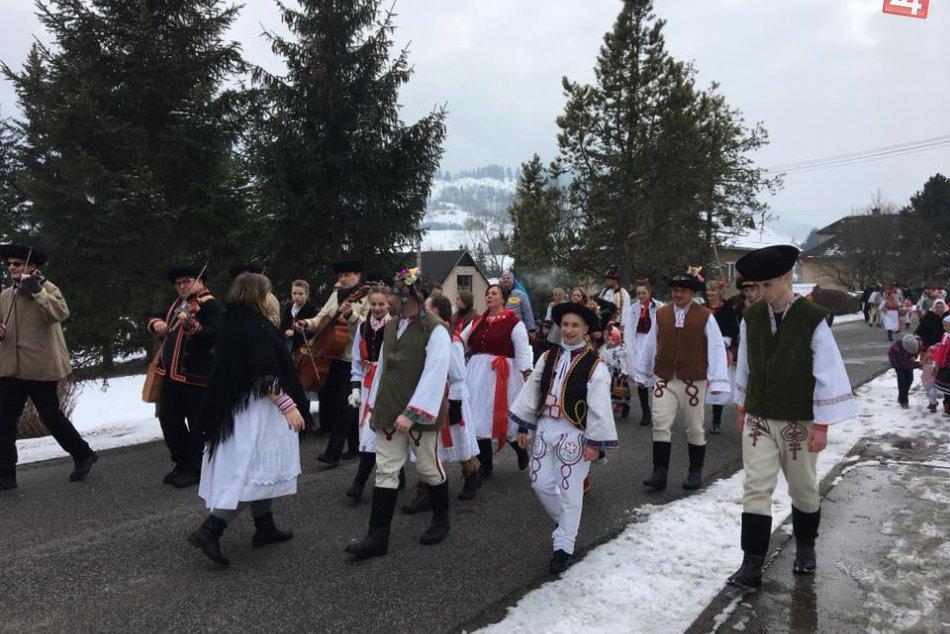 FOTO: Fašiangy v mestskej časti Ploštín