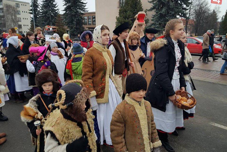 FOTO: Fašangy v centre mesta Liptovský Mikuláš