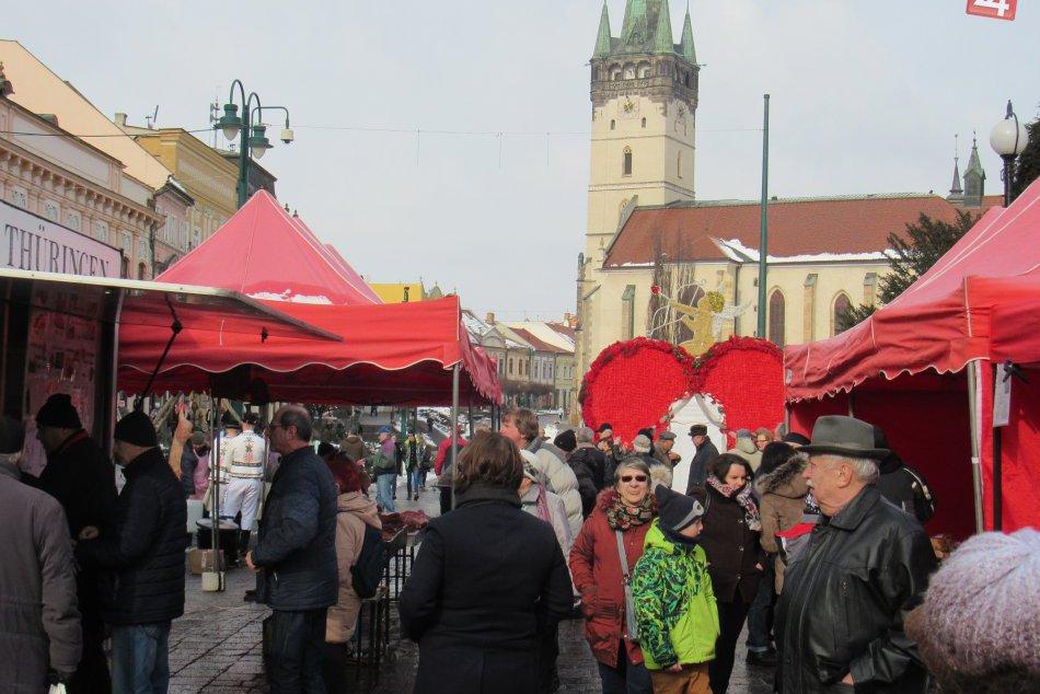 Prinášame vám to na fotkách: V našom meste odštartovalo obľúbené Fašiangovanie
