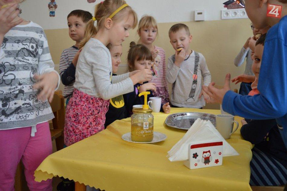 V OBRAZOCH: Medové raňajky v MŠ na Tatranskej ulici
