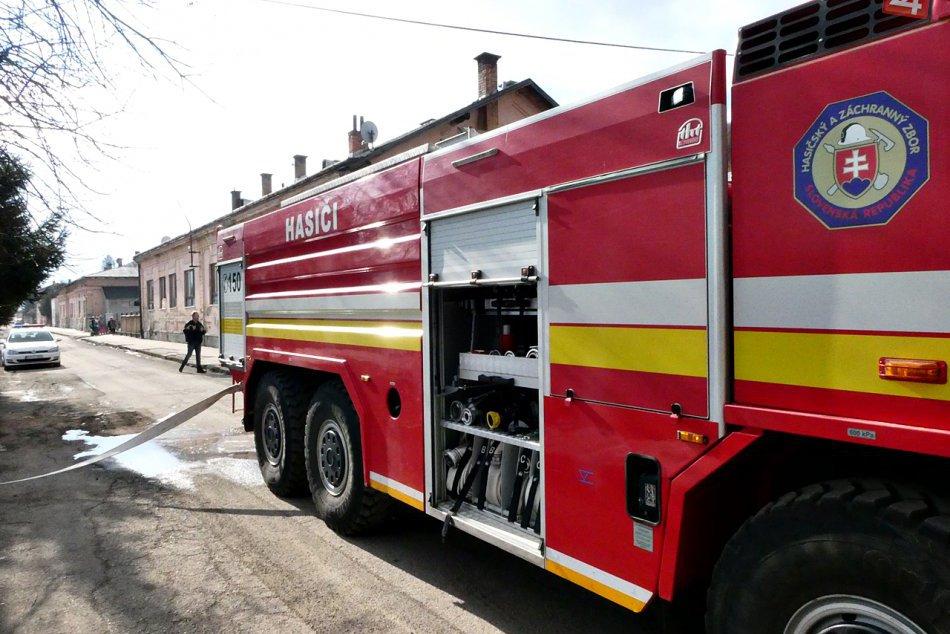 Obrazom: Požiar strechy domu na Rožňavskej Bani