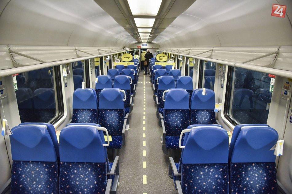 Umelecký vlak projektu TRAM