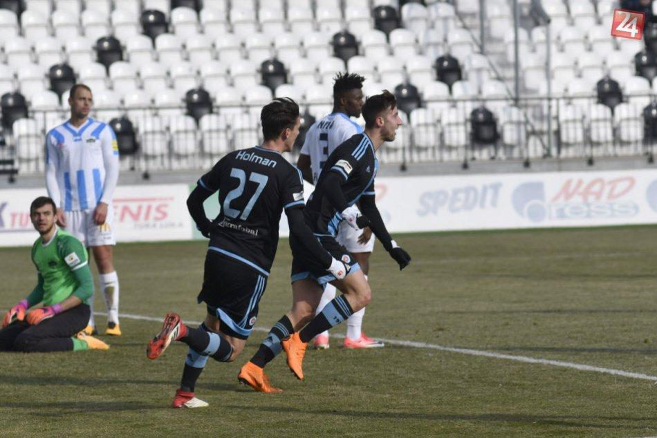 Futbalisti Nitry nevyhrali boj o postup do najlepšej šestky: Slovanu podľahli