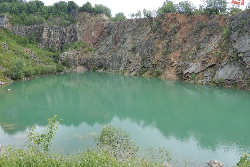 Jazero Beňatina