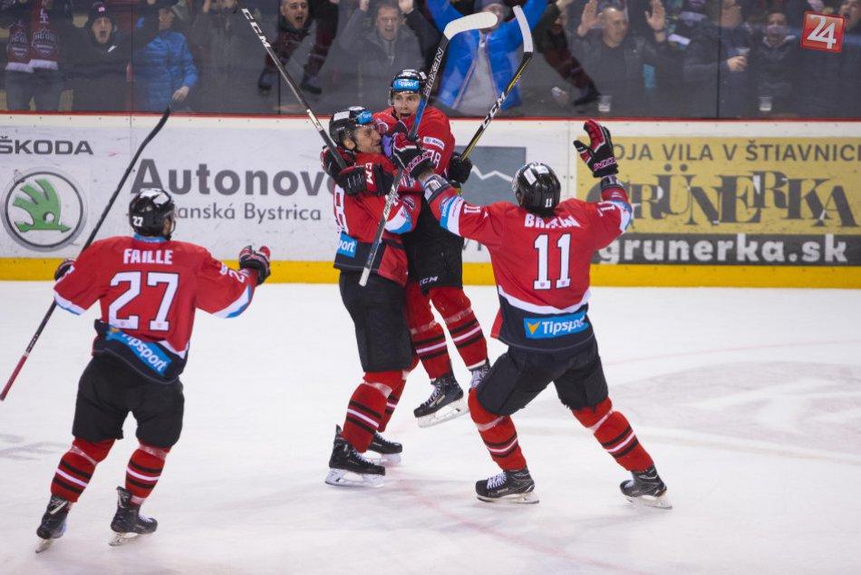 V OBRAZOCH: Hokejová radosť, barani sú v semifinále