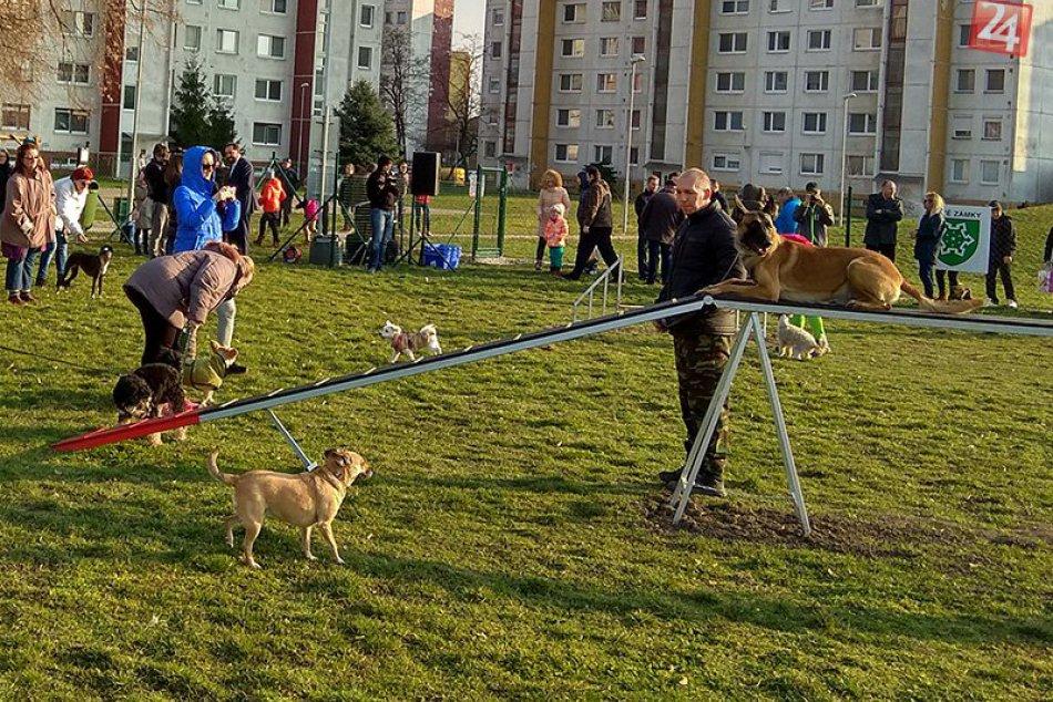 Otvorenie Psieho parku Juh v Nových Zámkoch