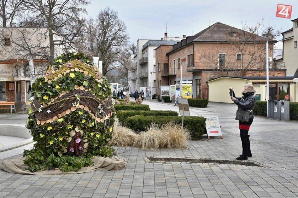 OBRAZOM:  Veľkonočná krása v Piešťanoch priťahuje mnohé pohľady