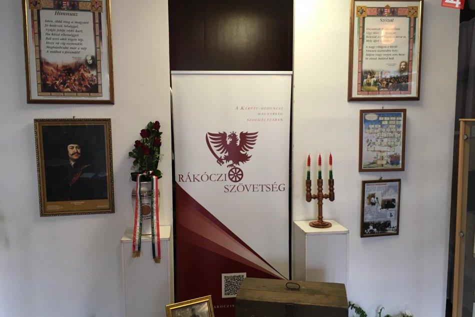 Šaľania s Trnovčanmi navštívili Oroszlány: Prezentovali mesto,dedinu, kraj,FOTO