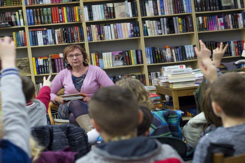 V OBRAZOCH: Stretnutie s knihou na Hviezdoslavke