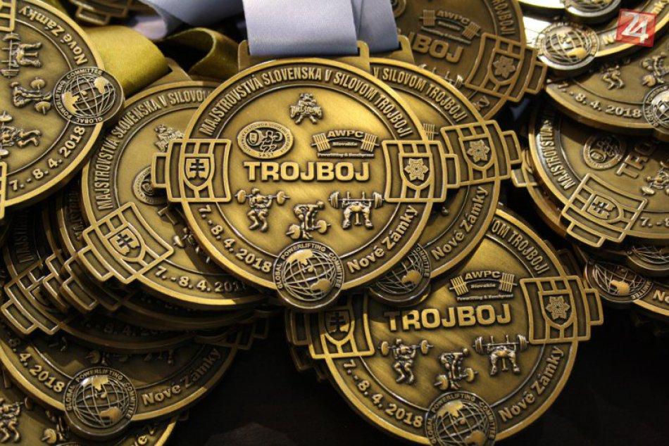 Otvorené majstrovstvá Slovenska v drepe a silovom trojboji v Nových Zámkoch