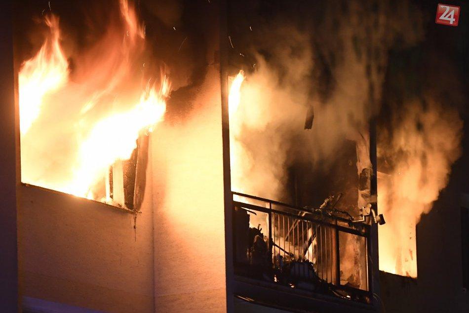 V košickej bytovke došlo k výbuchu a požiaru: FOTKY z miesta
