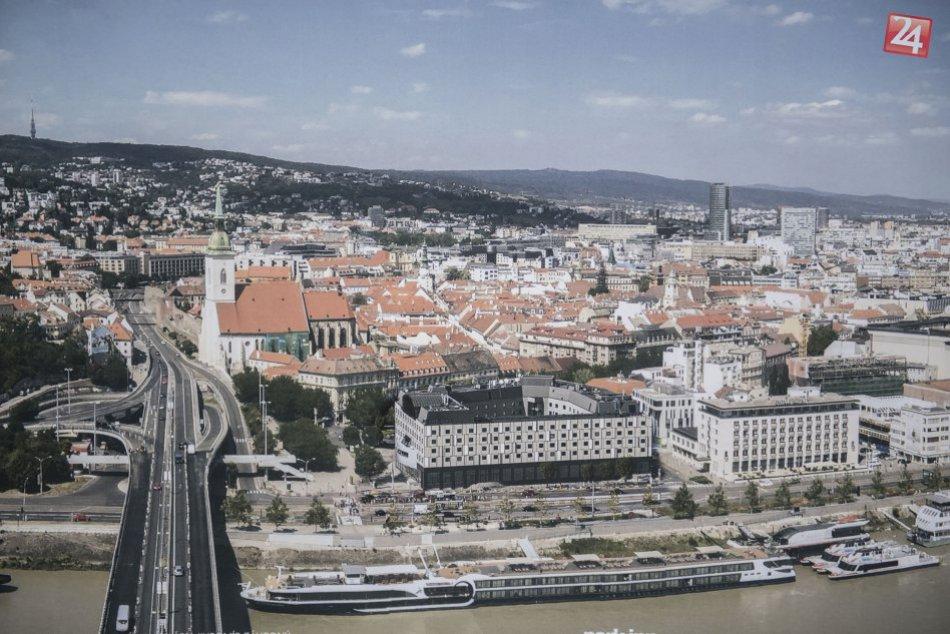 Hotel Park Inn by Radisson Danube Bratislava bude mať novú fasádu