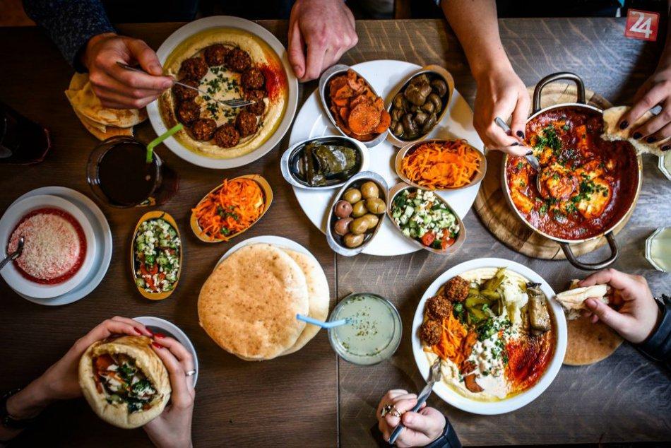 Hummusbar otvára už aj v Bratislave
