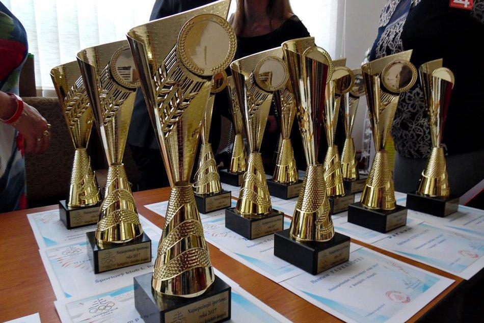 Obrazom: Olympijský klub Gemer vyhlásil najúspešnejších športovcov za rok 2017