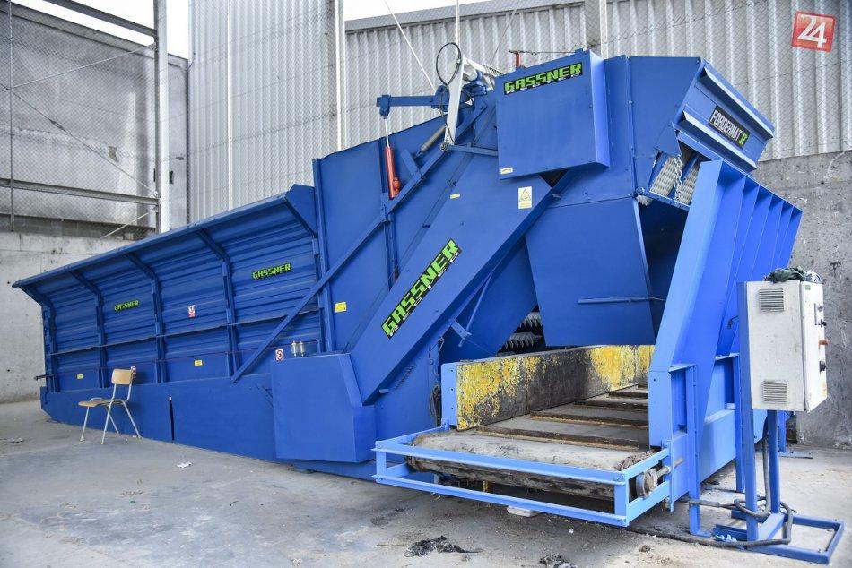 Nová triediaca linka odpadu v priestoroch spaľovne odpadu spoločnosti OLO