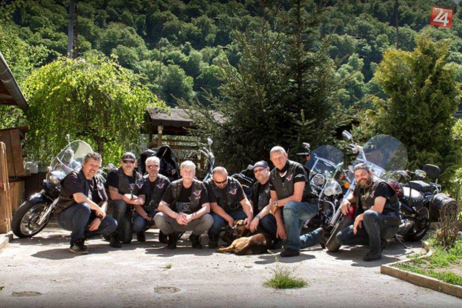 V OBRAZOCH: Motorkári s veľkým srdcom navštívili opustených psíkov