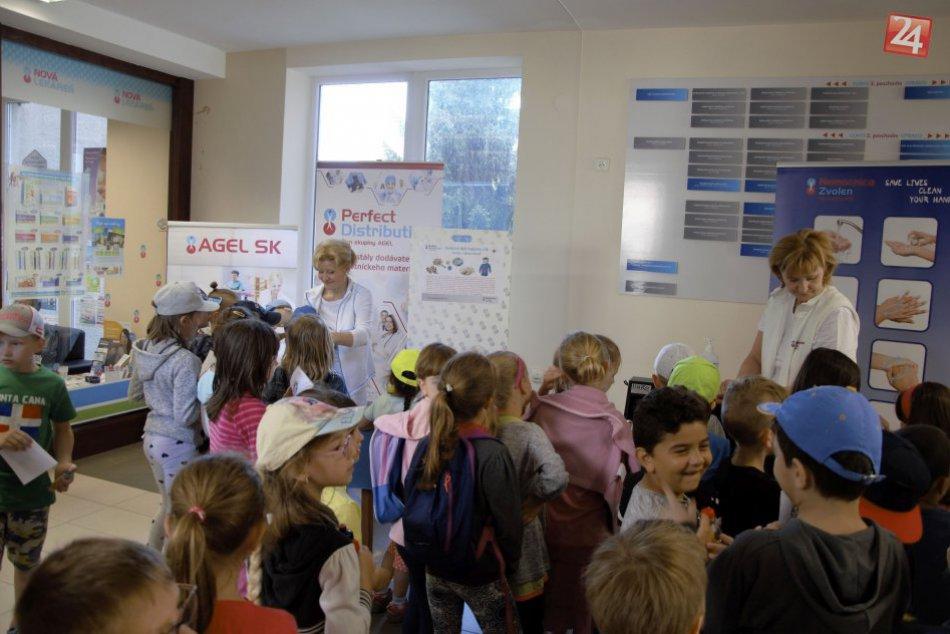 V OBRAZOCH: Deň hygieny rúk zaujal 300 návštevníkov vo zvolenskej nemocnici