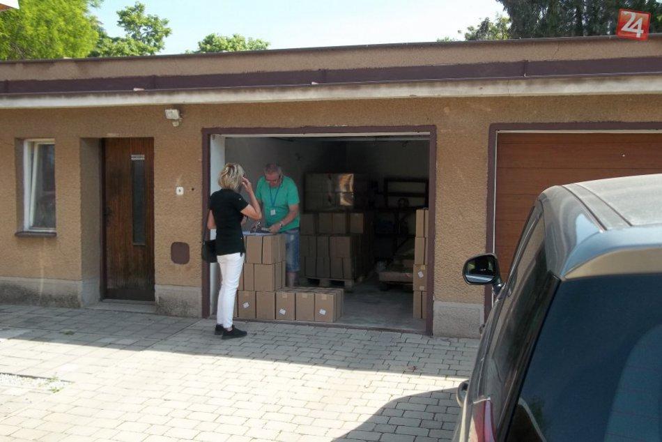 V Šali rozdávali potraviny: Dostali ich občania v hmotnej núdzi, FOTO