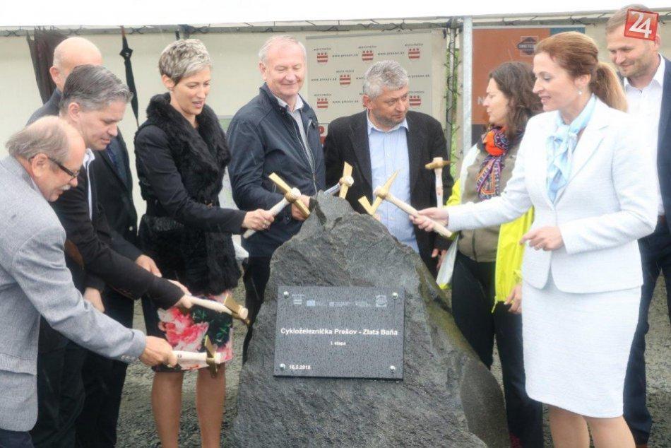 FOTO: Cykloželeznička Prešov-Zlatá Baňa-I. etapa sa začína realizovať