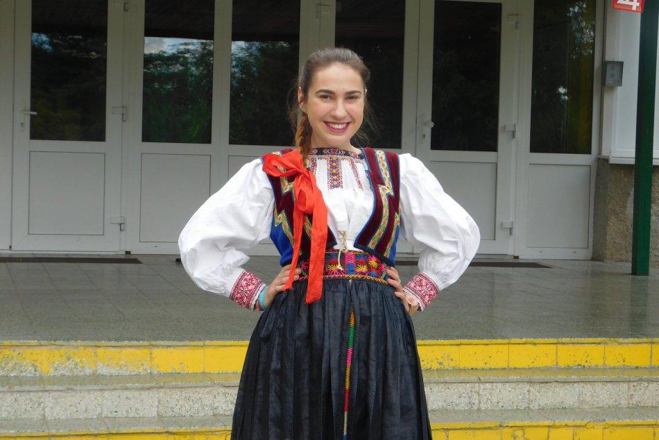 To sa len tak nevidí: Takto oblečená prišla novoveská gymnazistka na maturity!