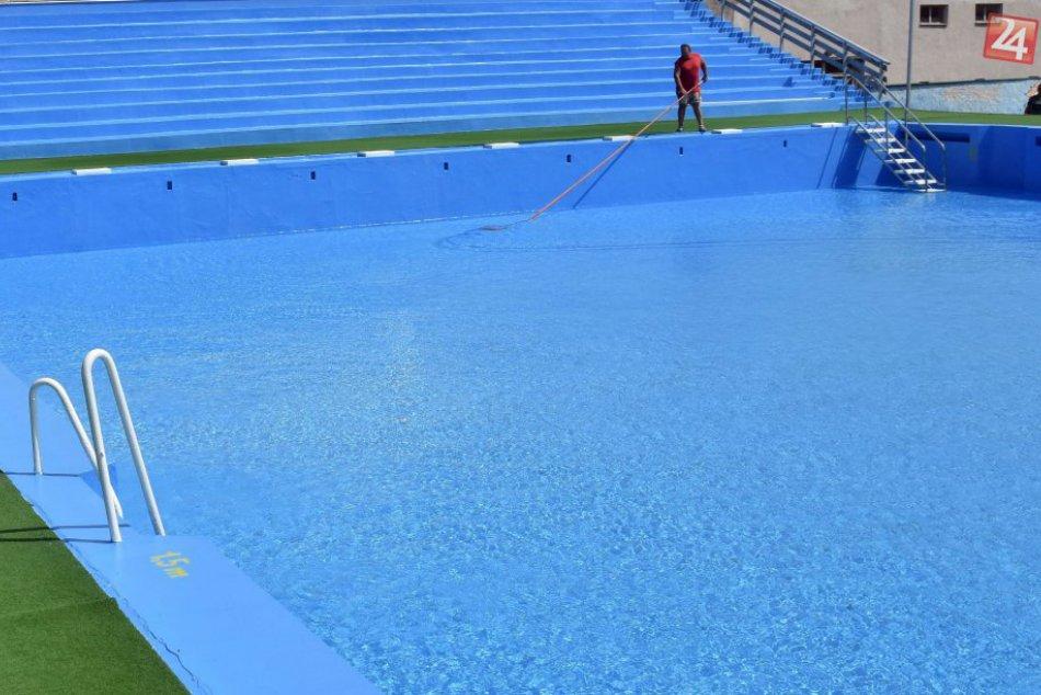 Obrazom z trebišovského kúpaliska: Prípravy na sezónu sú v plnom prúde