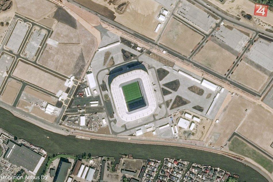 Ruské futbalové štadióny zachytené na satelitných snímkach