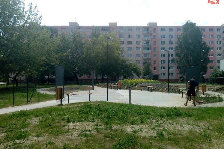 Aktuálne: Výstavba Dobšinského sadu pokračuje