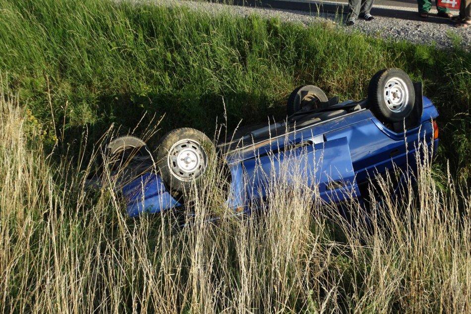 Obrazom: Dopravná nehoda pri Krásnohorskom Podhradí