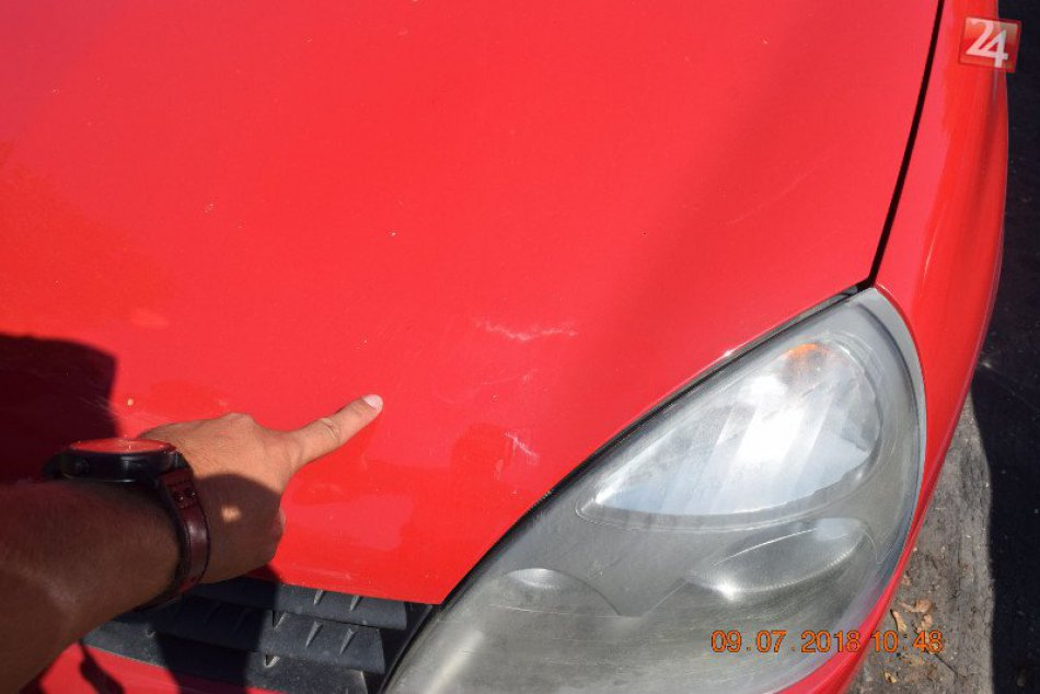 Pri dopravnej nehode v Nových Zámkoch sa zranila chodkyňa