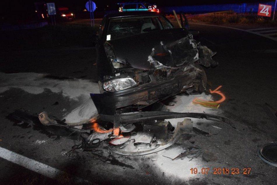 FOTO vážnej nehody: Vodič (55) z Mikulášskeho okresu jedným zo zranených