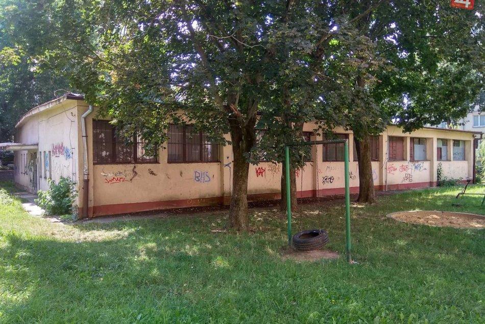 Nitrania spísali petíciu: Sú proti prestavbe bývalej kotolne na bytový dom
