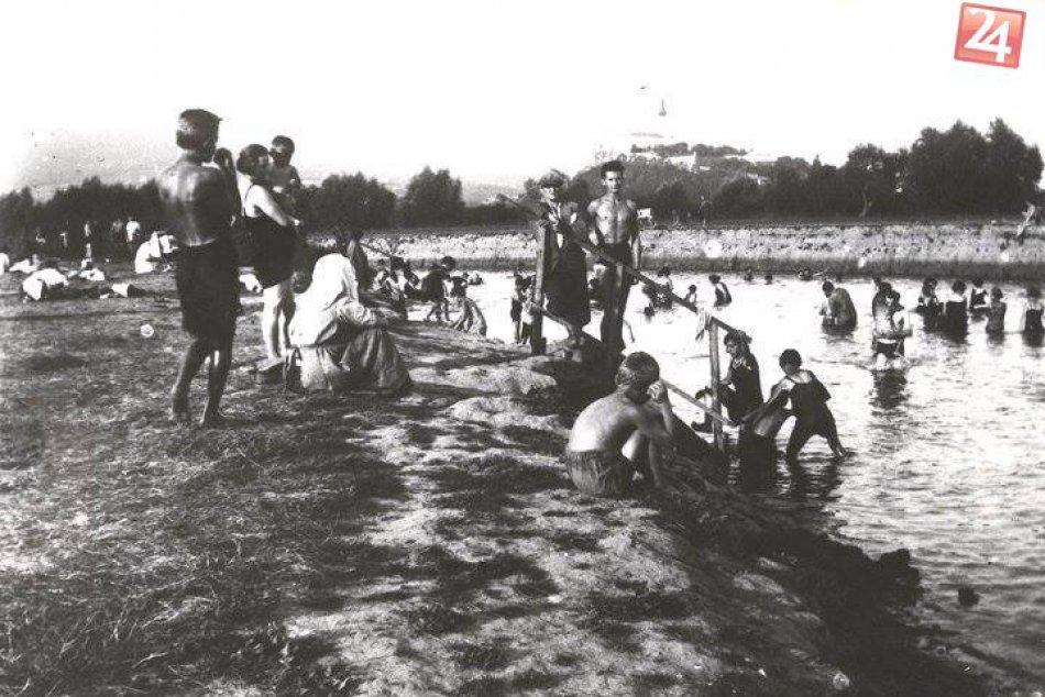 Letné radovánky v Nitre sa kedysi trávili pri rieke: Breh bol posiaty ľuďmi, FOT