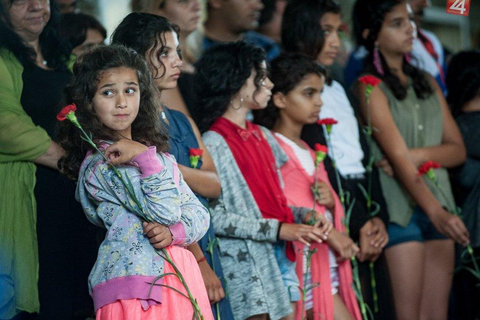 V OBRAZOCH: Pietny akt pri príležitosti Pamätného dňa rómskeho holokaustu