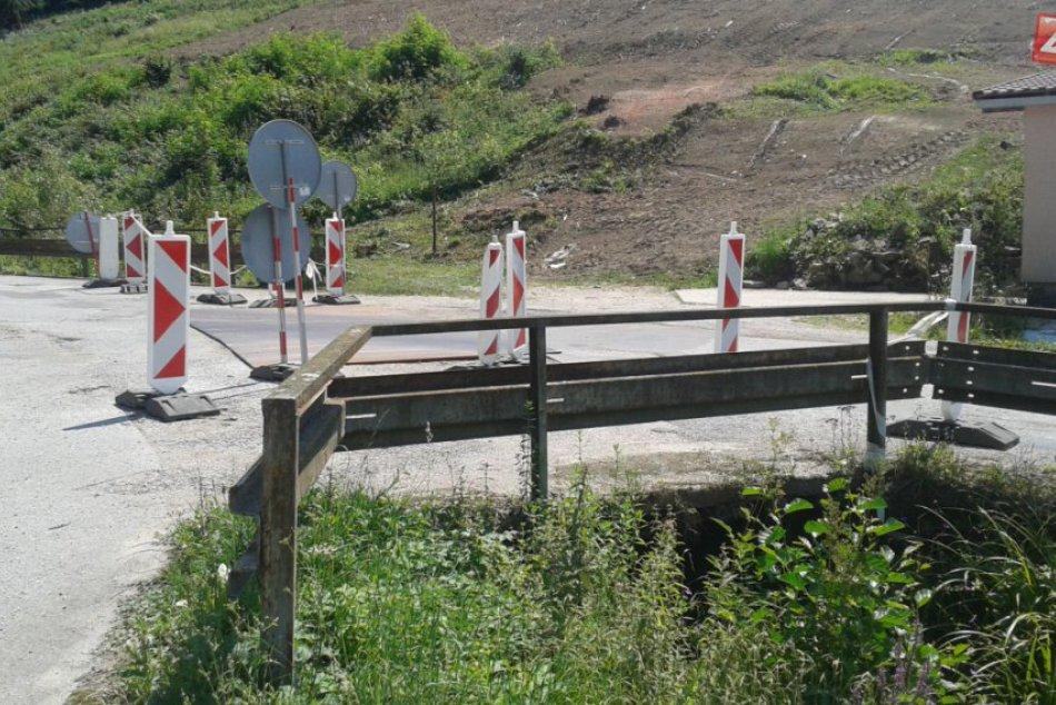 Most v obci Plevník-Drienové pred rekonštrukciou: Takto už dlhšie vyzerá