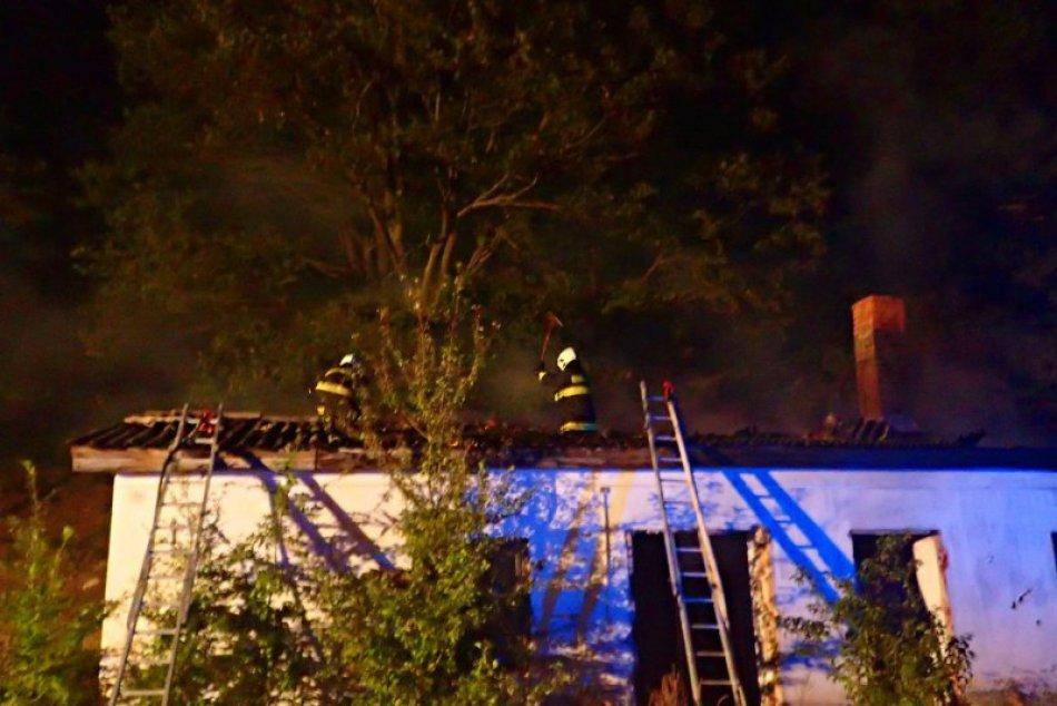 Obrazom: Požiar budovy v Rakovnici