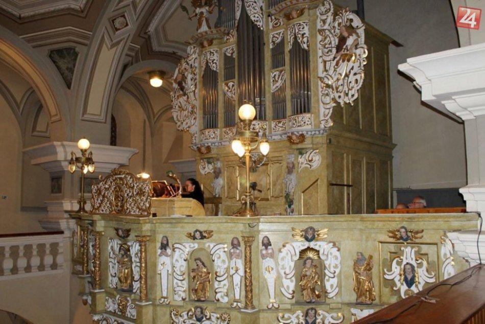 Vynovený historický organ