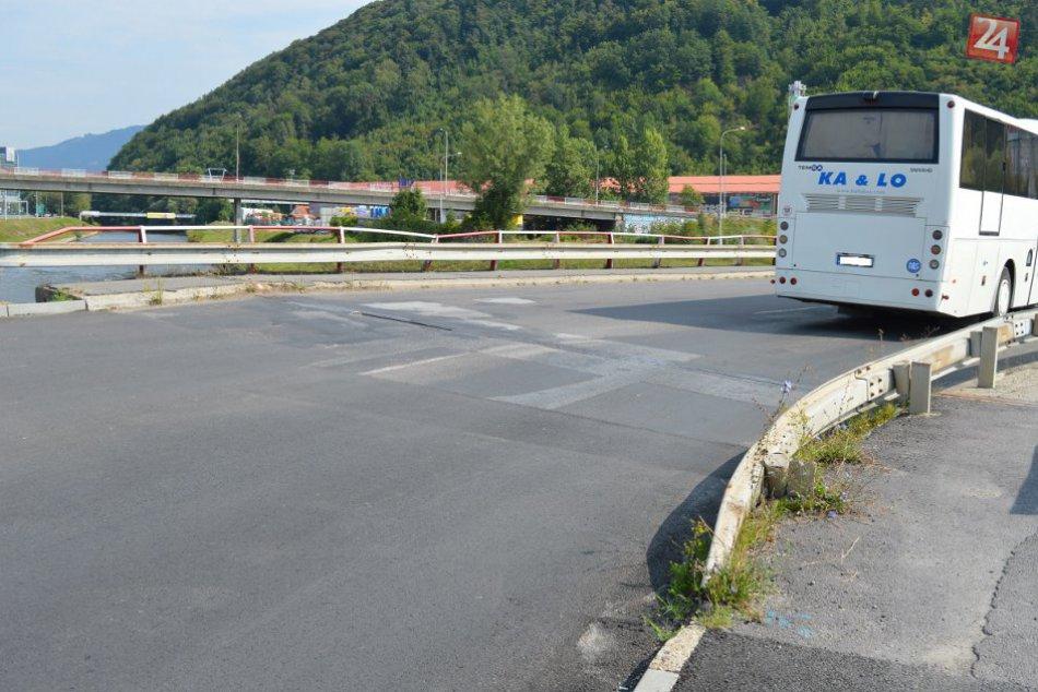 V OBRAZOCH: Poškodené mostové dilatácie na Zvolenskej ceste čaká výmena