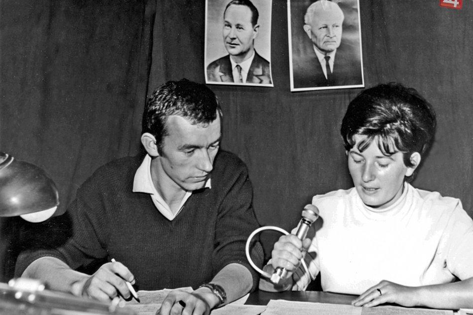 V OBRAZOCH: Vysielanie improvizovanom rozhlasovom štúdiu v auguste 1968