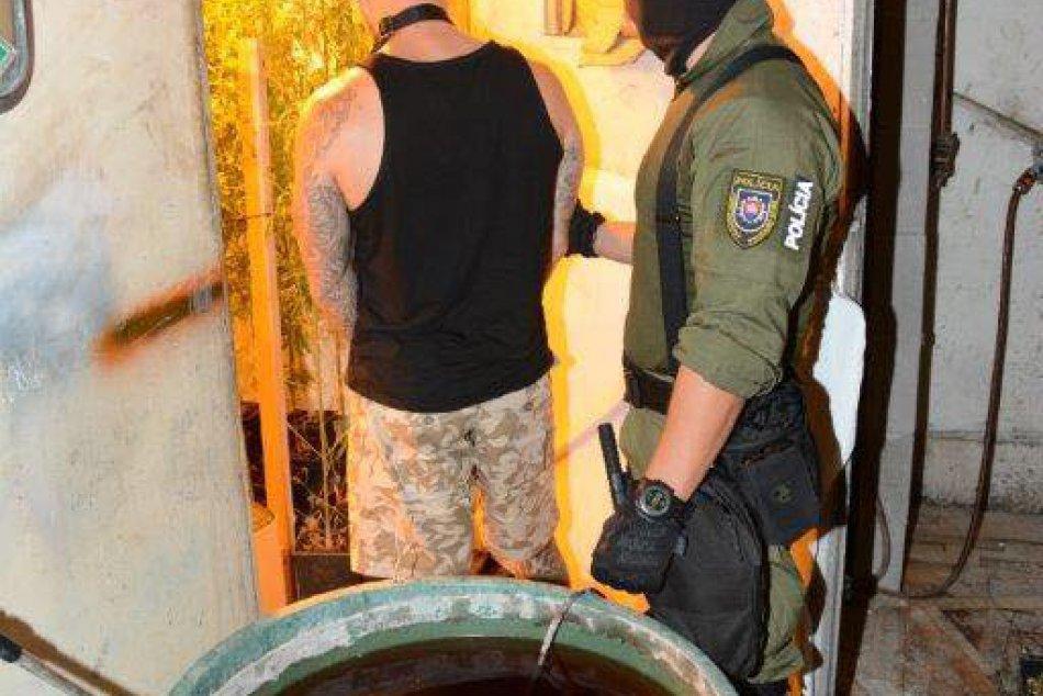 Zadržaný muž s drogami