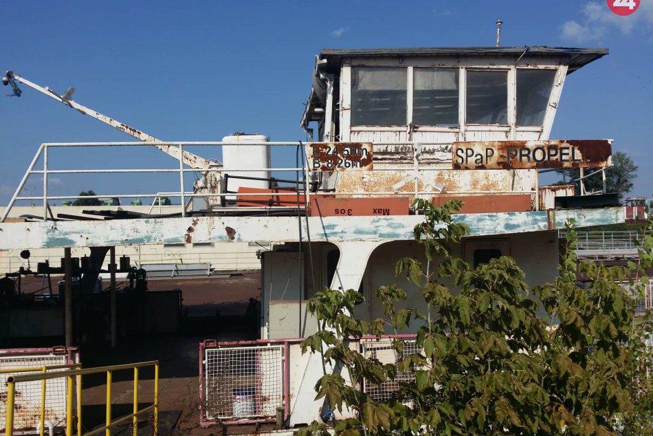 Prehliadka Zimného prístavu a obhliadka lode Kamzík