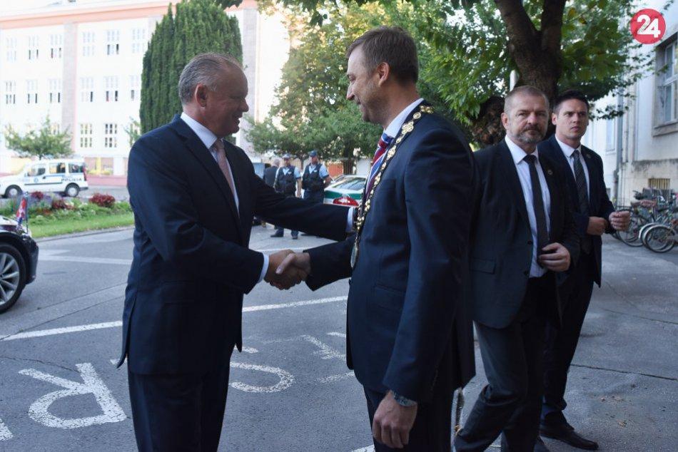 OBRAZOM: Prezident Andrej Kiska na návšteve Piešťan