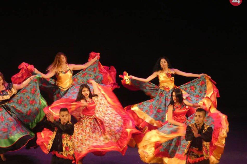 V OBRAZOCH: Zvolenský rómsky súbor sa vrátil z turné v Rusku