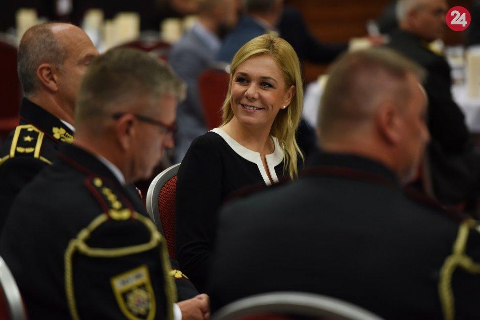 OBRAZOM: Ministerka vnútra ocenila policajtov pri príležitosti Dňa policajného z